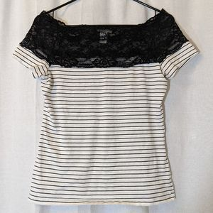 3 For $15 H&M Striped Tee w/ Lace Detail Sz M